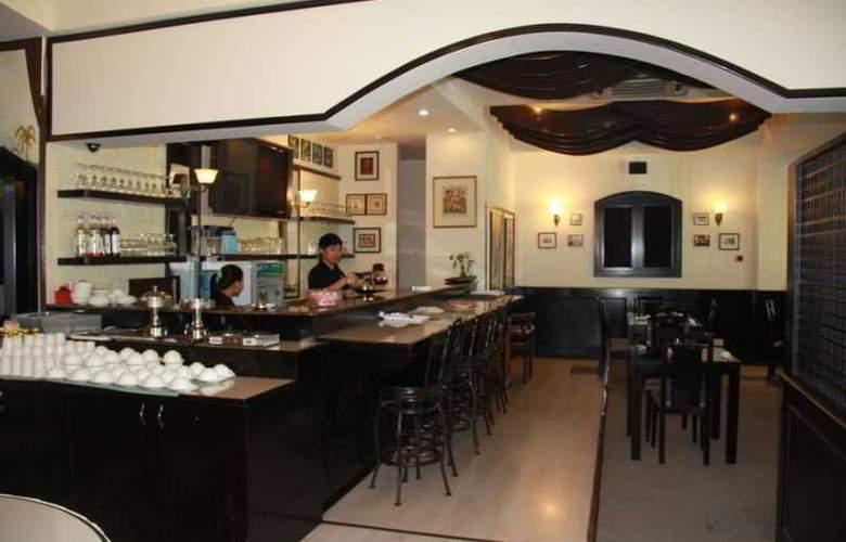 Palm Garden Hotel - Restaurant - 18
