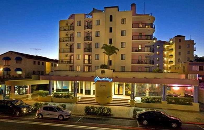 Nautilus Mooloolaba - Hotel - 0