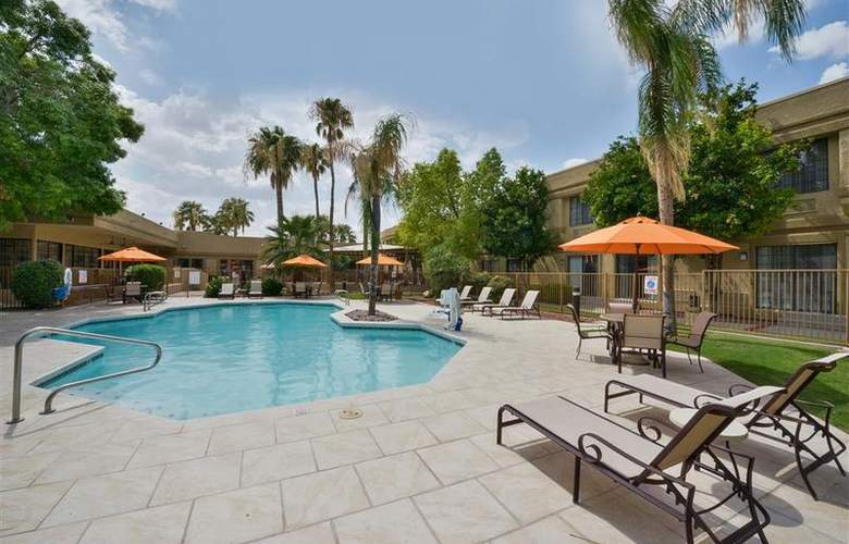 Best Western Tucson Int'l Airport Hotel & Suites - Pool - 122