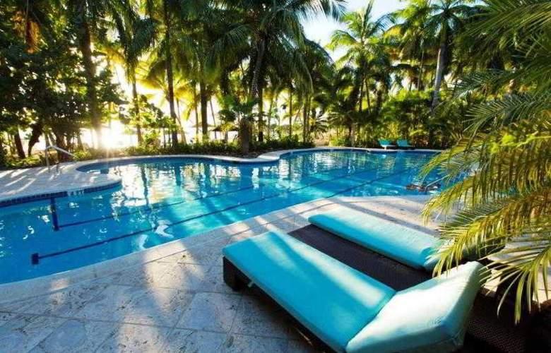 Curtain Bluff Resort - Pool - 2
