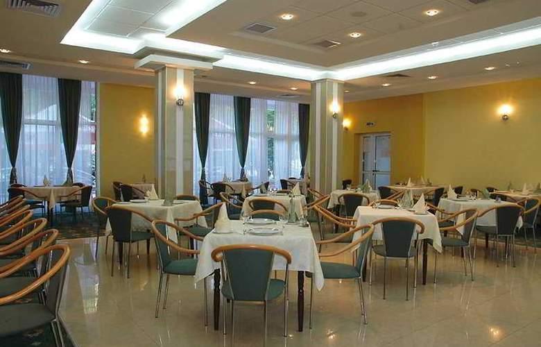 Nufarul - Restaurant - 2