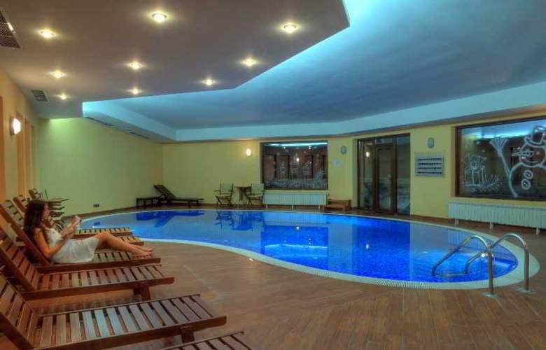 Extreme - Pool - 3
