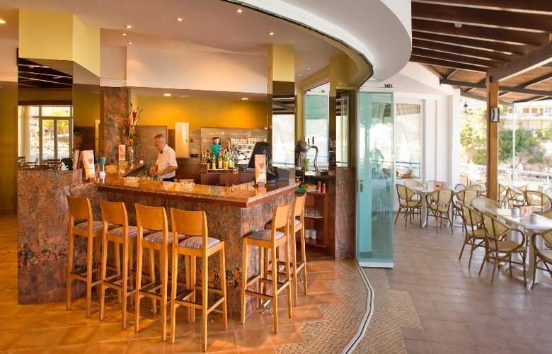 Universal Hotel Aquamarin - Bar - 14