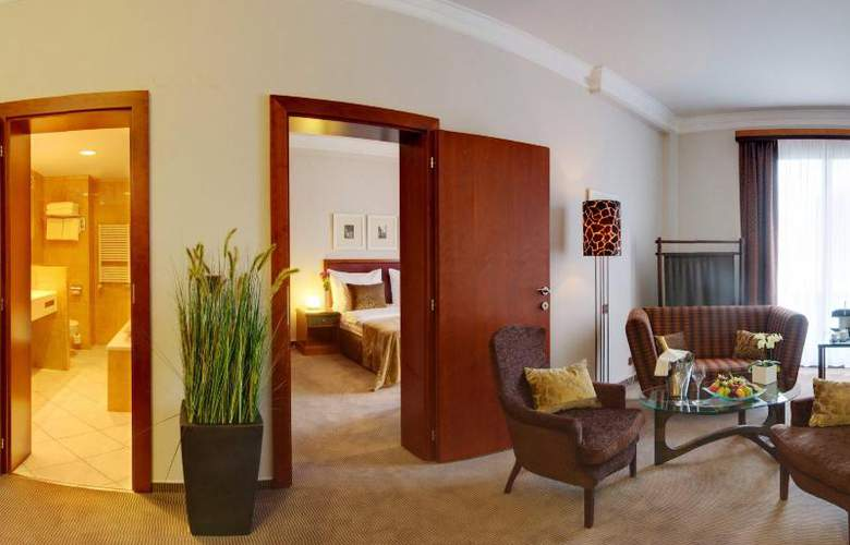 Jalta - Room - 12