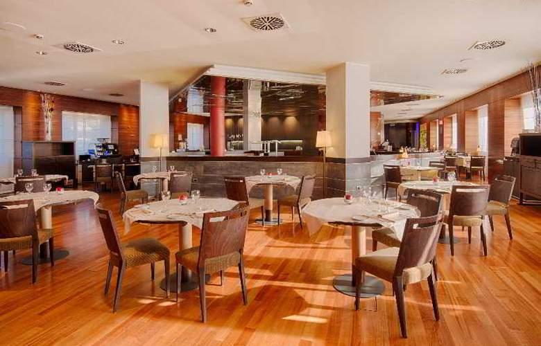 NH Bologna Villanova - Restaurant - 32