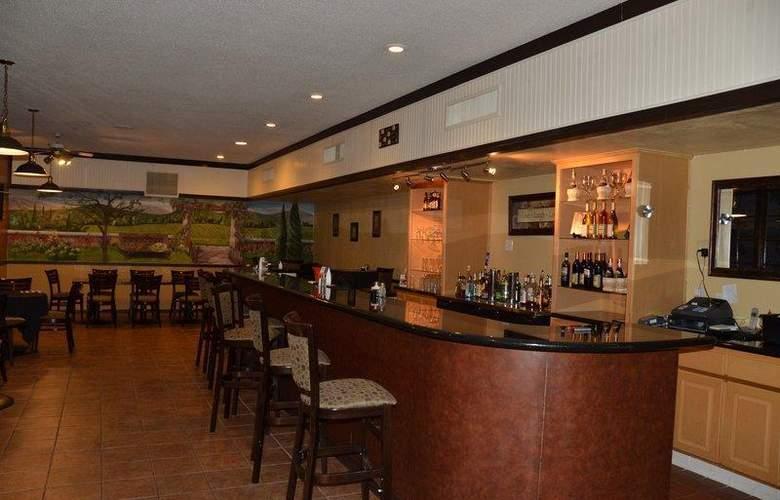 Best Western Hill House - Bar - 55