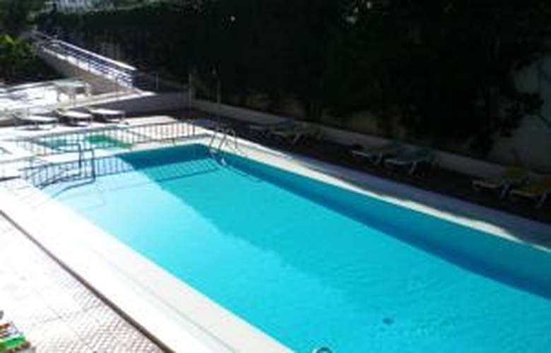 Apartamentos las Gacelas - Pool - 2