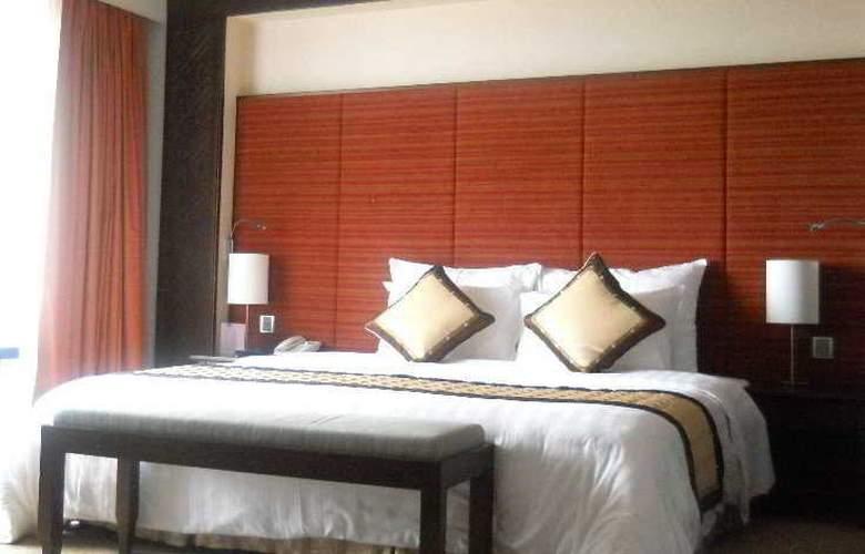 Gerbera Hotel Hue - Room - 2