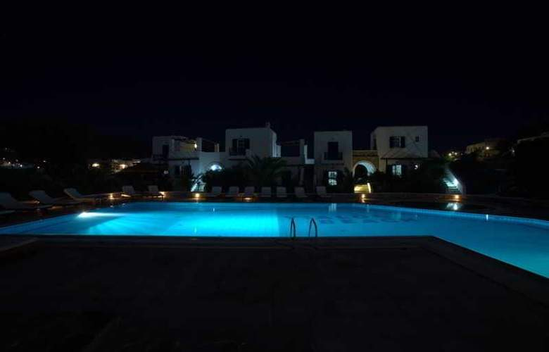Petros Place - Pool - 7