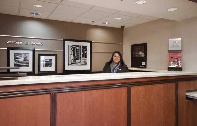 Hampton Inn Laredo - Hotel - 0