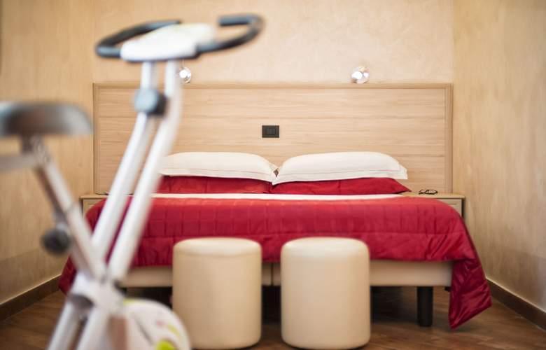 Simon Hotel - Room - 5