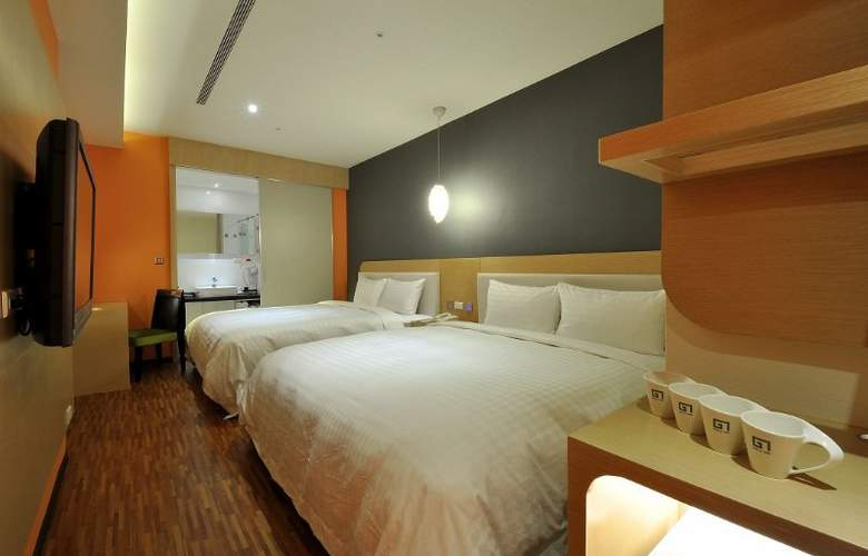 G7 - Room - 1