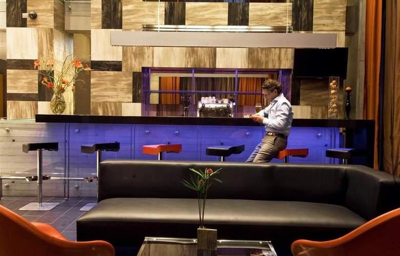 Best Western Premier Marina Las Condes - Bar - 26
