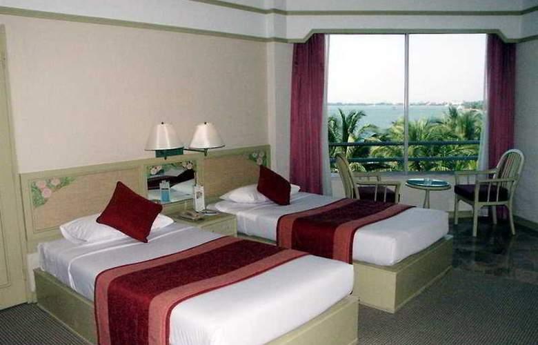 Cholchan Pattaya Resort - Room - 3