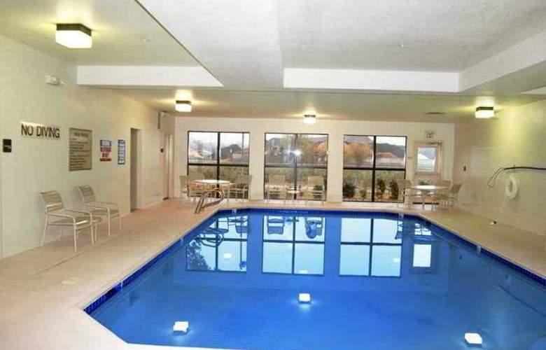 Hampton Inn Eugene - Hotel - 2