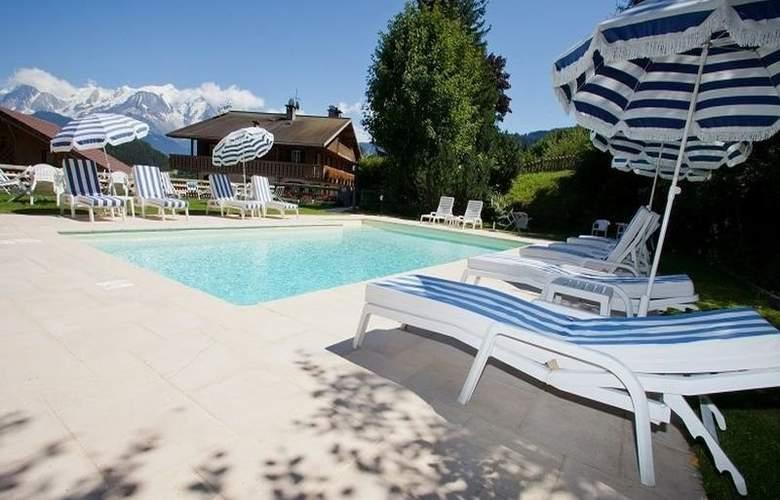 Les Roches Fleuries - Pool - 3