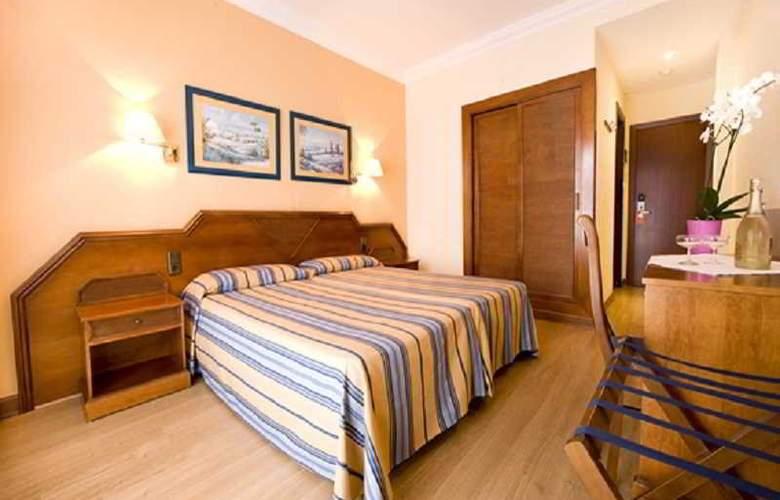 Monarque Fuengirola Park - Room - 9