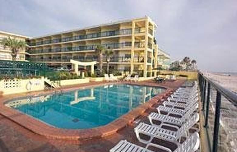 Comfort Inn On The Beach - Pool - 3