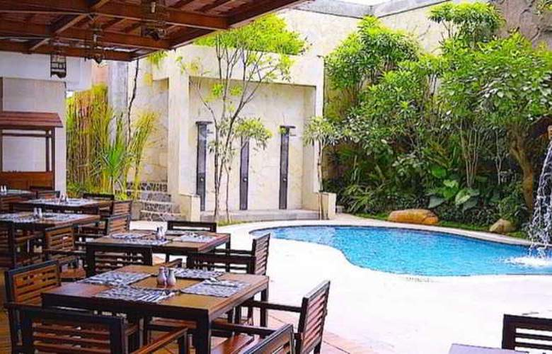 Jambuluwuk Malioboro Boutique Hotel - Pool - 15