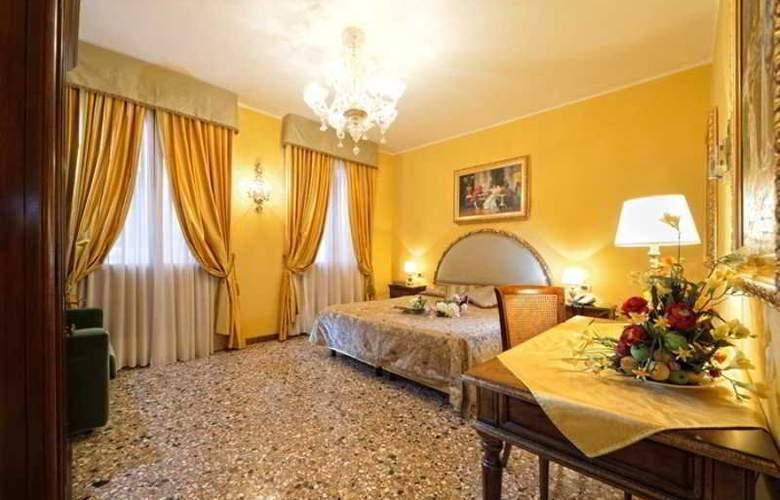 Citta Di Milano - Room - 10