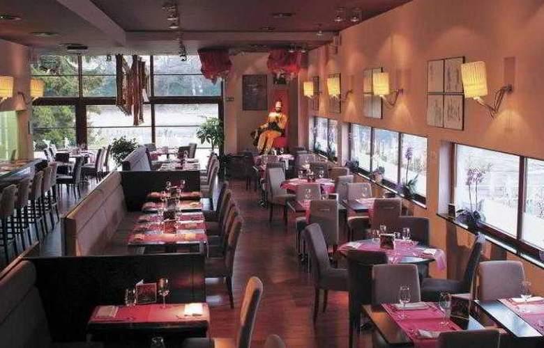 BEST WESTERN PLUS Hotel Casteau Resort Mons - Hotel - 50