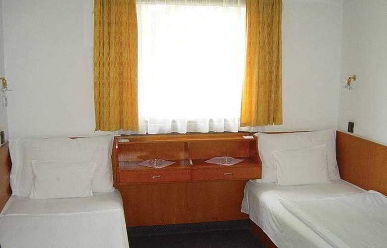 Botel Hotel Lisa - Room - 1