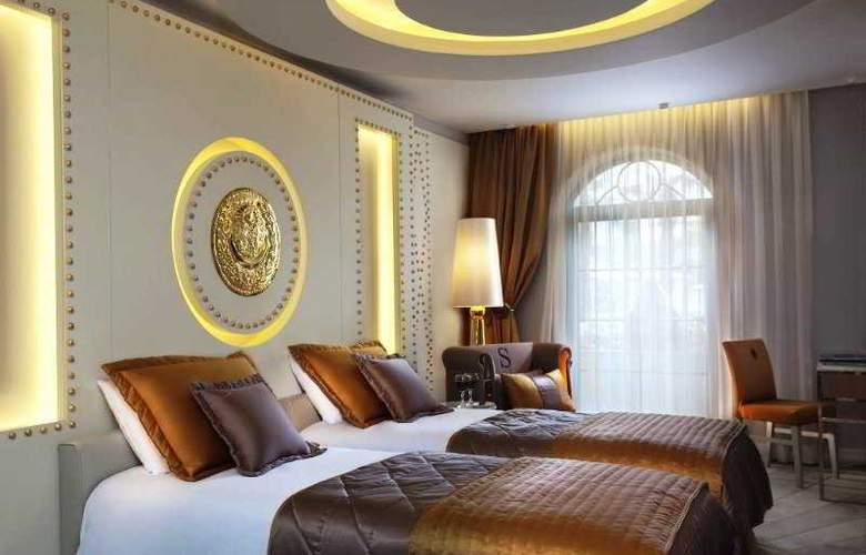 Sura Design Hotel & Suites - Room - 8