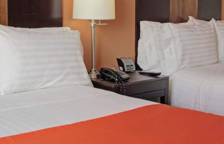 Holiday Inn Express San Jose Forum - Room - 7