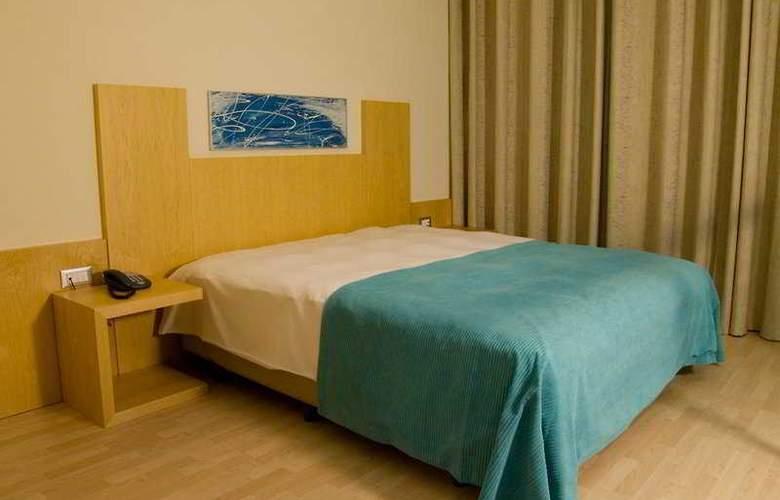 Praia - Room - 3