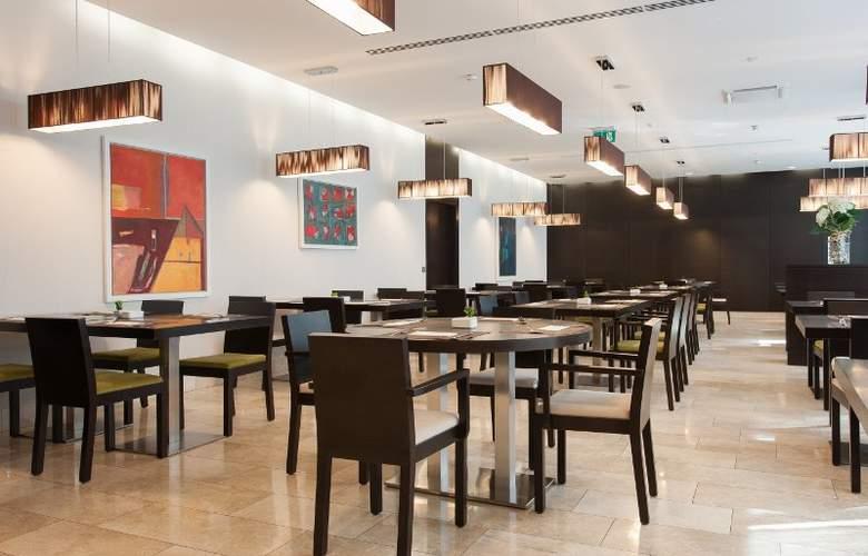 Occidental Praha Five - Restaurant - 6