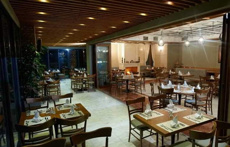 Royal - Restaurant - 15