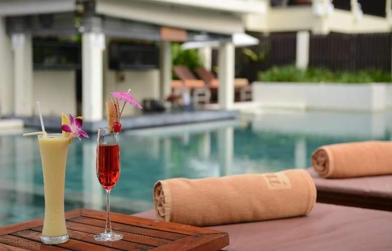 Bhu Nga Thani Resort and Spa - Bar - 24