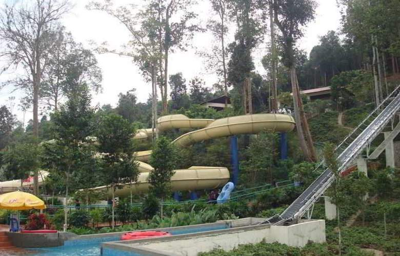 Arabian Bay Resort-Bukit Gambang Resort City - Sport - 13