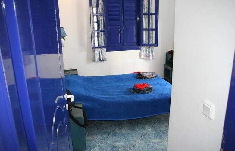 Samson's Village - Room - 3