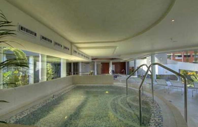 Roca Nivaria Gran Hotel - Pool - 4