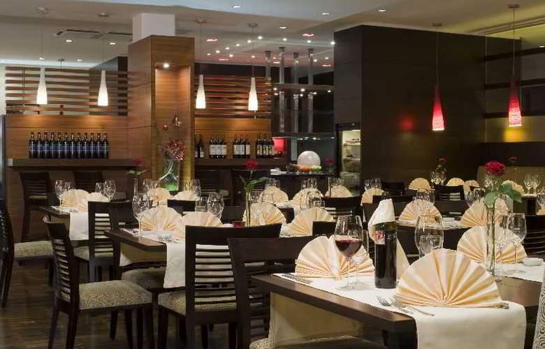 NH Salzburg-City - Restaurant - 18