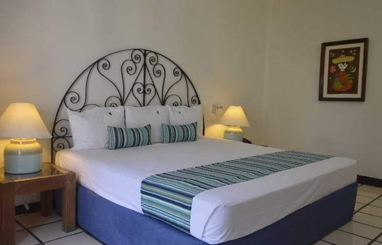 Puerto de Luna All Suites Hotel Bed & Breakfast - Room - 6