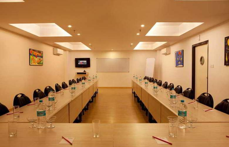 Red Fox Hotel East Delhi - Conference - 7