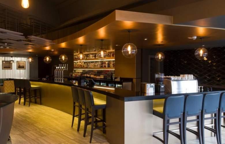 Crowne Plaza Harrogate - Bar - 3