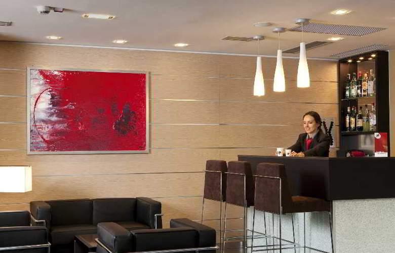 iQ Hotel Roma - Bar - 13