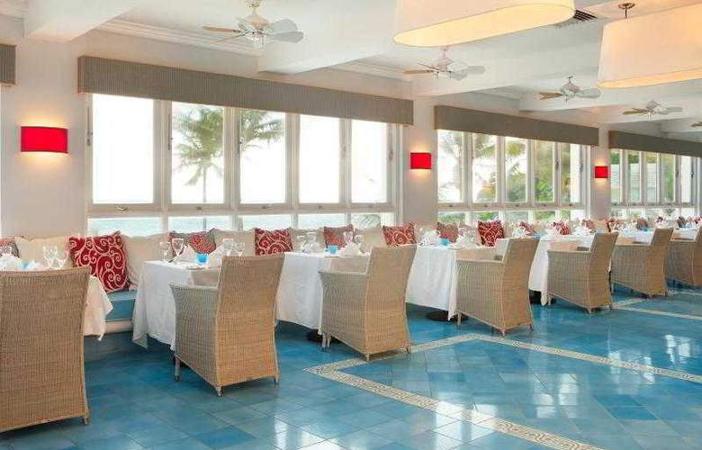 Couples Tower Isle All Inclusive - Restaurant - 27