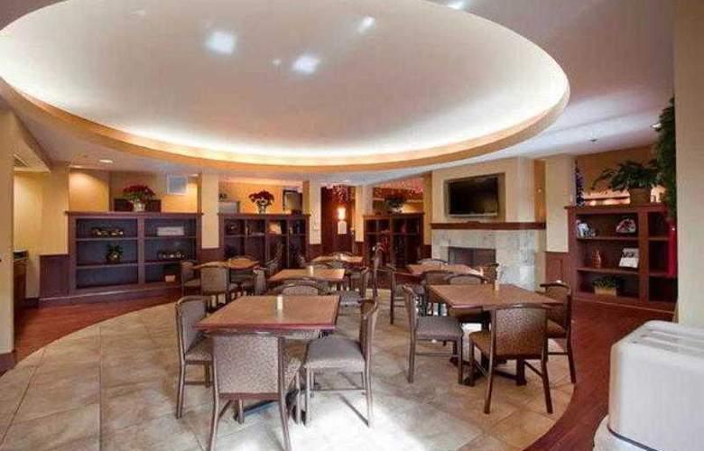 Best Western Plus Grand Island Inn & Suites - Hotel - 10