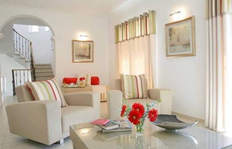 Vigia Resorts - Quinta da Encosta Velha - Room - 4