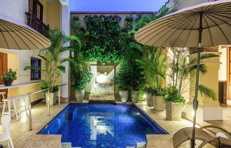 NH Collection Cartagena La Merced Royal - Pool - 3