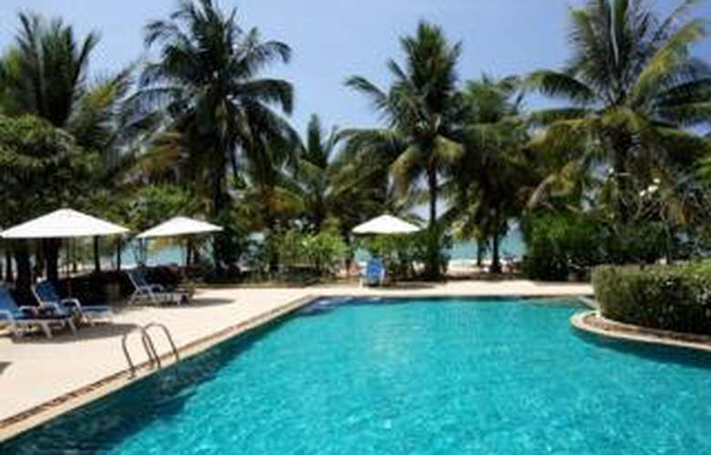 Amandara Beach Resort - Pool - 7