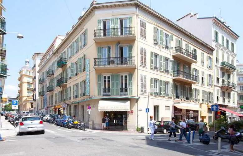 Saint Gothard - Hotel - 0