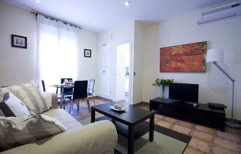 H2 Tirso de Molina - Room - 11