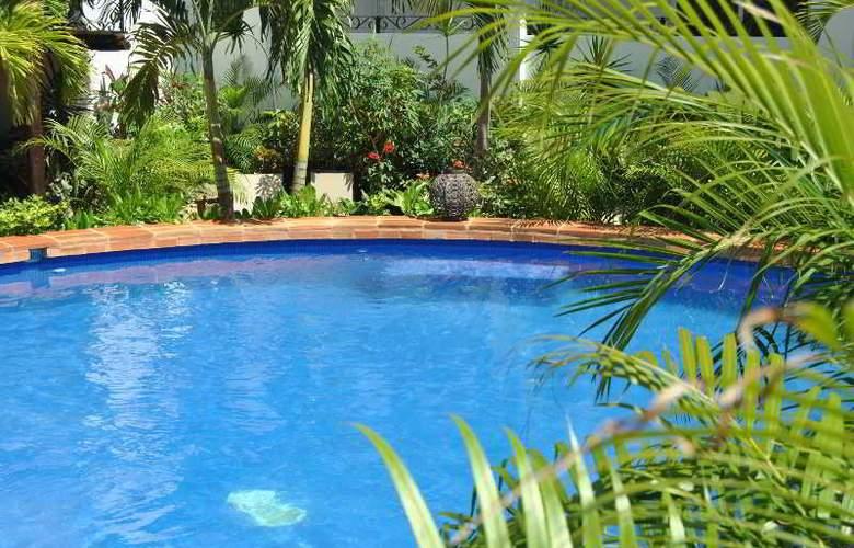 La Pasion Boutique Hotel - Pool - 42