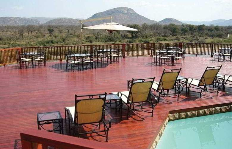 Pestana Kruger Lodge - Terrace - 5