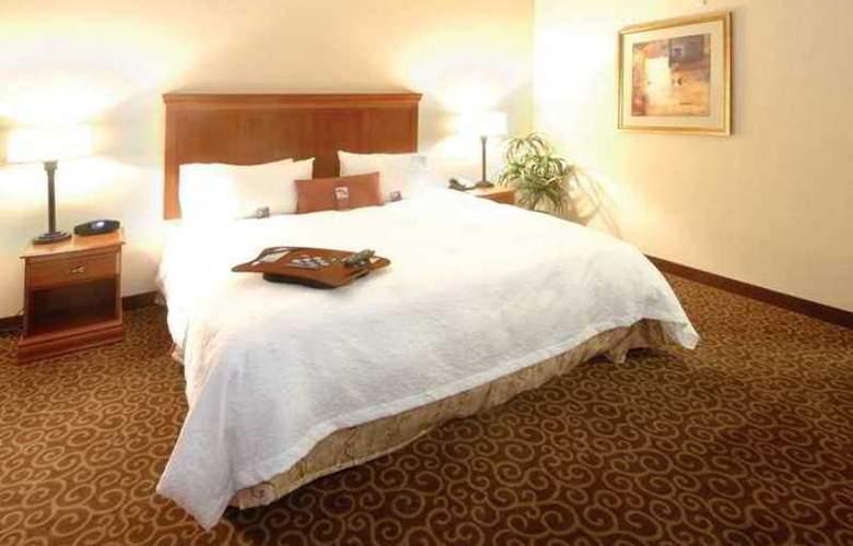 Hampton Inn & Suites Hemet - Hotel - 2